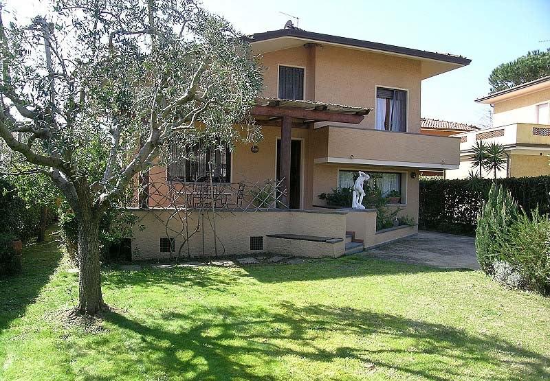 Comprare una casa Pietrasanta