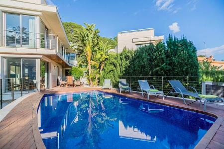 Аренда домов в испании на берегу моря дешевая недвижимость в дубае на море